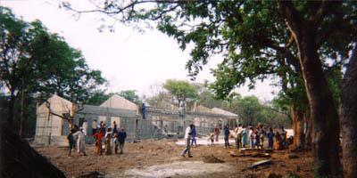 Das Gebäude erhält sein Dach