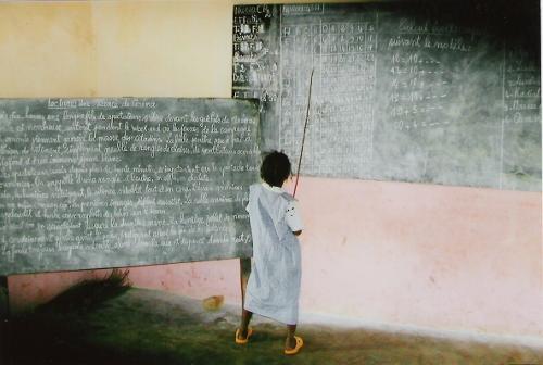 Ein lernendes Mädchen
